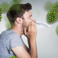 A parlagfű mellett több mindenre allergiás vagyok. Elkezdhetem az allergén immunterápiát?
