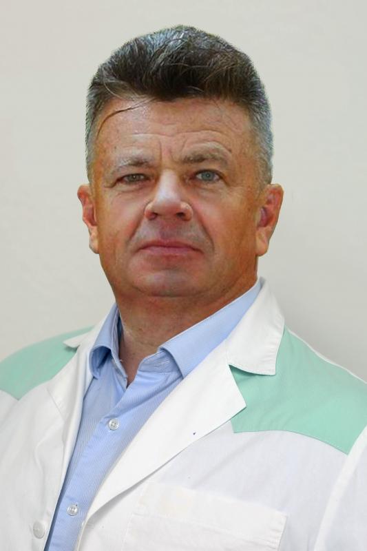 dr. Arnold Dénes Arnold