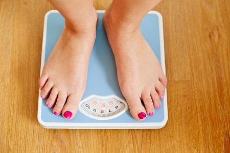 Fogyás, hízás? Mi a kapcsolat a testsúly és a pajzsmirigy közt?