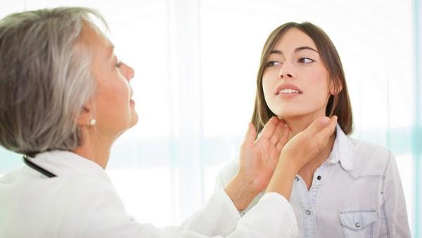 Pajzsmirigy alulműködés 10 jellemző tünete
