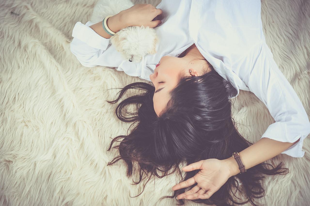 Egész nap csak aludnék! Tavaszi fáradtság vagy hormonzavar okozza?
