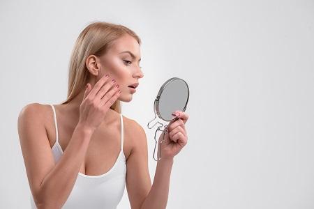 A rosacea mögött álló bőratka kezelése kozmetikai feladat.